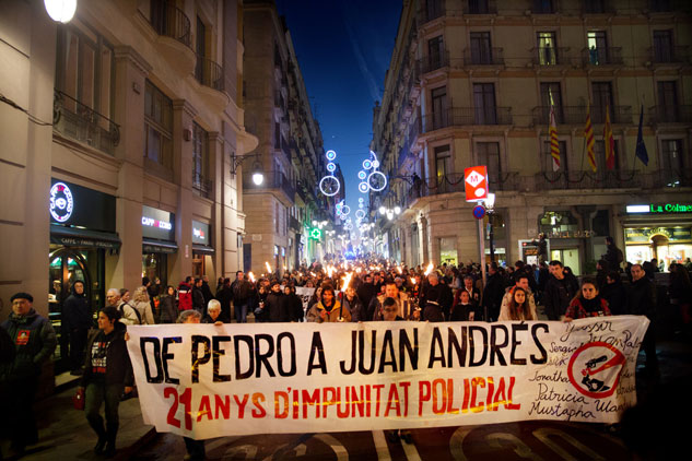 Más de 300 personas acudieron a la manifestación. | Foto: FERNEY MONTOYA