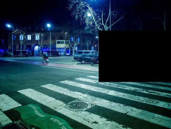"""La censura que veis en la fotografia no ha sido impuesta por medios, ni por la policia, sino por las propias manifestantes"" (JORGE LIZANA)"
