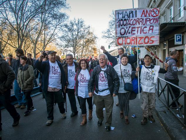La Comissió de Gent Gran el pasado 22 de marzo durante las Marchas de la Dignidad. | Foto: JORGE LIZANA
