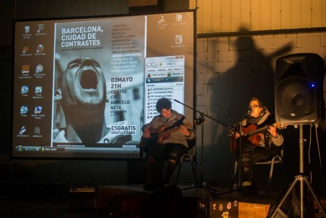 Petaluda en Elm Street (en la foto) y Milicianos del Verso ofrecieron microconciertos en medio de las proyecciones. | Foto: RAQUEL PERICH
